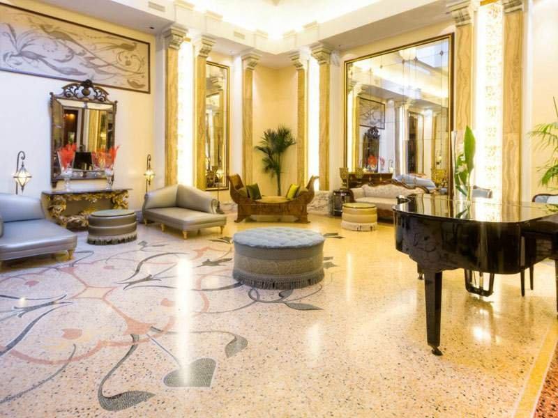 GRAND HOTEL SAVOIA GENOVA HALL