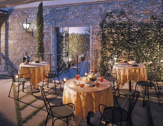 GRAND HOTEL ADRIATICO FIRENZE GIARDINO giardino privato