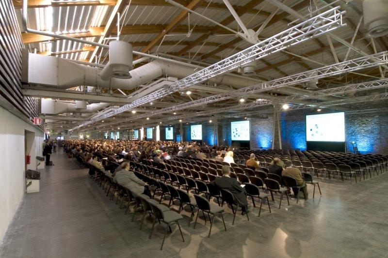 PADIGLIONE CAVANIGLIA Sala meeting fino a 2300 pp