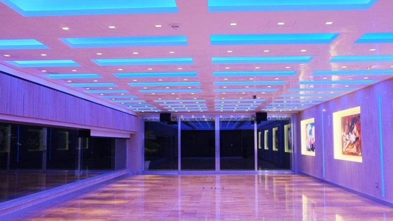 SALA ARCOBALENO Sala Meeting completamente in domotica