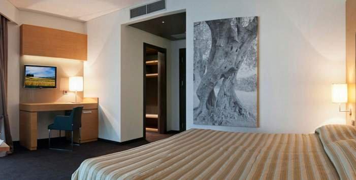 Foyer Room Traduzione : Meeting congressi a bari parco dei principi hotel
