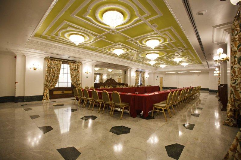 HOTEL ALBANI FIRENZE sala Giotto