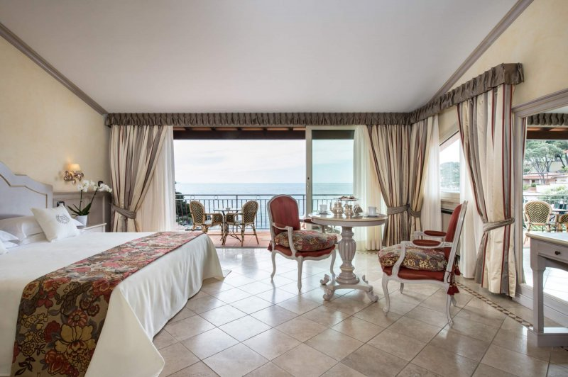 HOTEL HERMITAGE ISOLA D'ELBA in tutte le camere la connessione Wi-Fi è gratuita