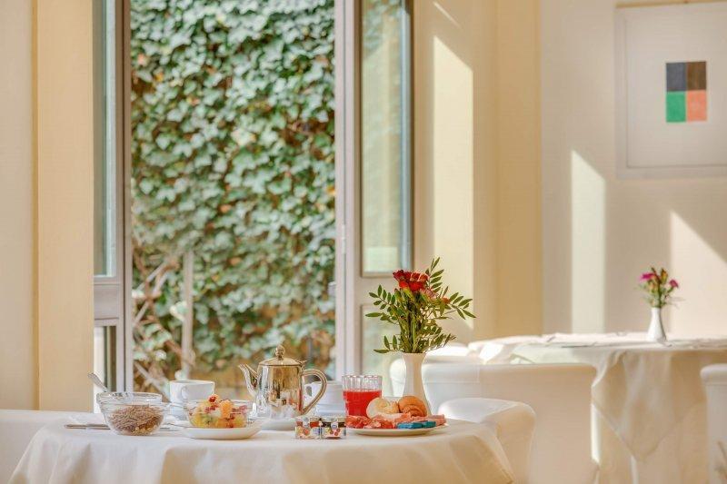 GRAND HOTEL ADRIATICO Breakfast room