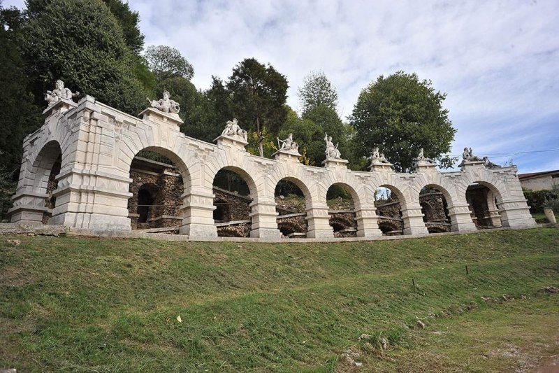 VILLA SAN FERMO L'ingresso monumentale